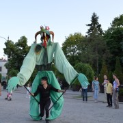 Papusa Uriasa Big Puppet Trupa de Dans si Entertainment The Sky Iasi by Adrian Stefan