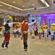 Super Petrecere de Copii cu animatorii si mascotele Trupei The Sky Iasi by Adrian Stefan Super Kids Party 5