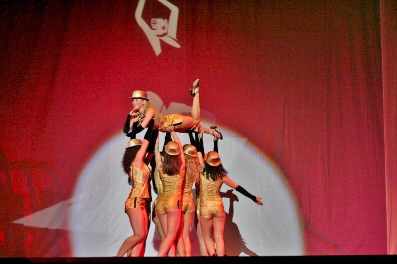 CABARET BASTOANE Trupa de Dans si Entertainment The Sky Iasi by Adrian Stefan