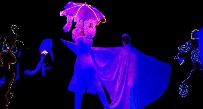 Blacklight Show Spectacol de Blacklight si lumini Trupa de Dans si Entertainment The Sky Iasi by Adrian Stefan