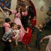 Animatori petrecere copii Kids Entertainment Trupa de Dans The Sky Iasi 21