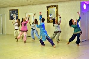 DANS INDIAN - BOLLYWOOD - Trupa de Dans si Entertainment The Sky Iasi by Adrian Stefan